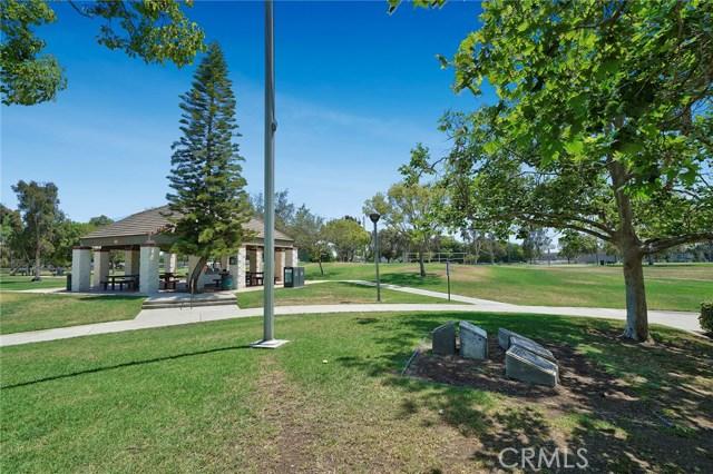 9837 Silvretta Drive, Cypress CA: http://media.crmls.org/medias/f608b645-03e6-4d47-b139-1e44684197d7.jpg