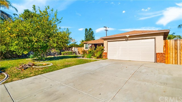 Detail Gallery Image 1 of 1 For 915 Plaza Serena, Ontario,  CA 91764 - 3 Beds   1 Baths