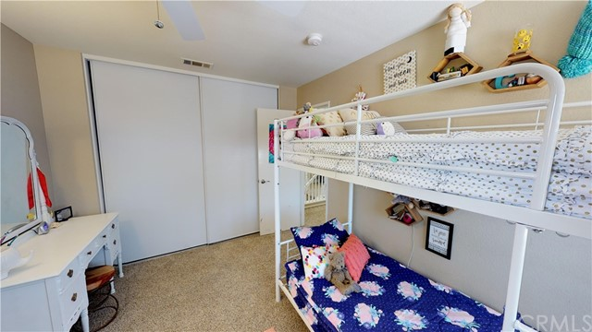 110 Smokethorn Street, Corona CA: http://media.crmls.org/medias/f6133bab-d45b-41e1-a380-dbf914b9c1e8.jpg