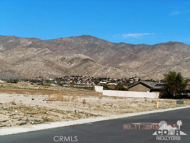 11339 Bald Eagle Lane, Desert Hot Springs CA: http://media.crmls.org/medias/f6139729-5b1c-44bd-bf71-d66c78d5f5ef.jpg