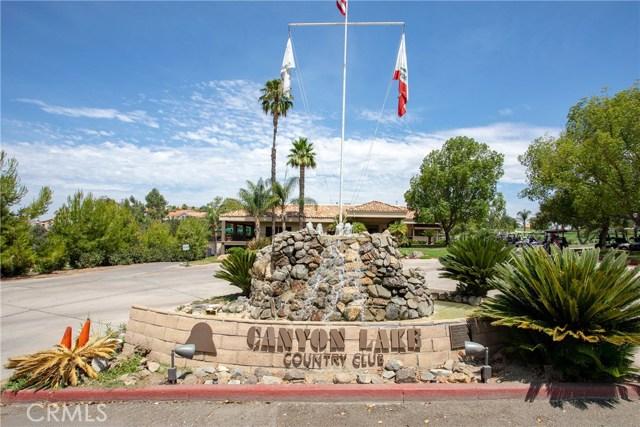 21815 Strawberry Lane, Canyon Lake CA: http://media.crmls.org/medias/f615ddde-d867-4622-b3c5-eacf8d225eba.jpg