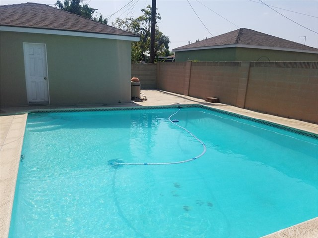 6670 Southside Drive East Los Angeles, CA 90022 - MLS #: PW18186849