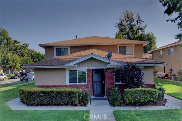 1300 Primrose Street, Upland CA: http://media.crmls.org/medias/f62e4730-e22a-4f81-a94d-e9df353c64c2.jpg