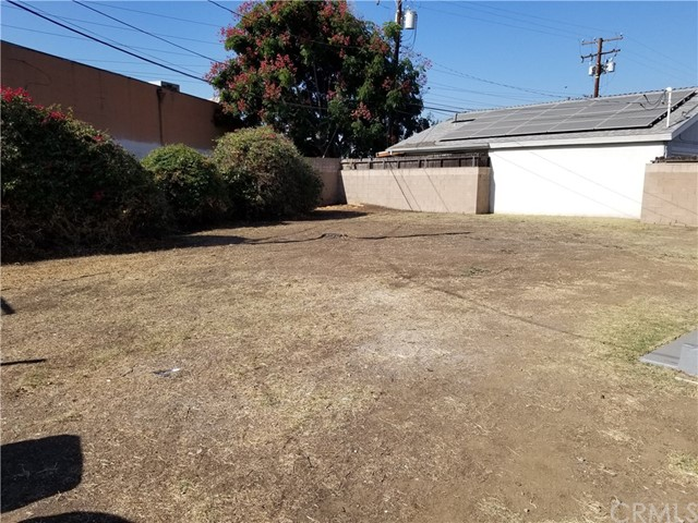 143 N Maplewood Avenue, West Covina CA: http://media.crmls.org/medias/f633864a-d80d-479e-9eaa-adf9905c20e2.jpg