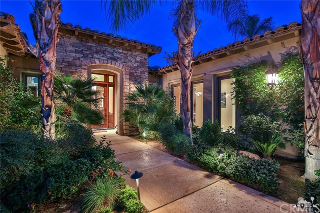 Single Family Home for Sale at 76002 Via Firenze 76002 Via Firenze Indian Wells, California 92210 United States