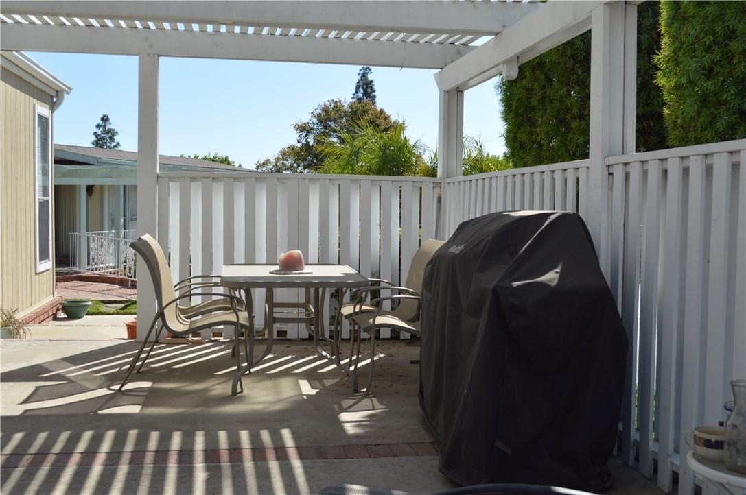 1256 Harbor Lake Avenue, Brea CA: http://media.crmls.org/medias/f63f321a-e21a-4c5d-a9eb-5e962a97670d.jpg