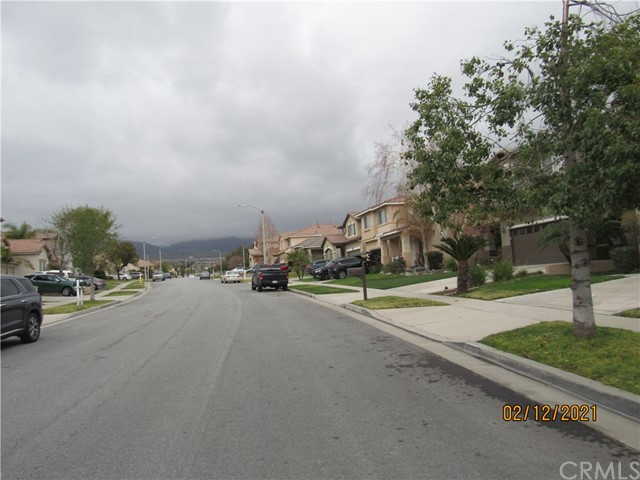 6783 Palo Verde Place, Rancho Cucamonga CA: http://media.crmls.org/medias/f64201d2-2521-404d-bb90-8e94060245e3.jpg