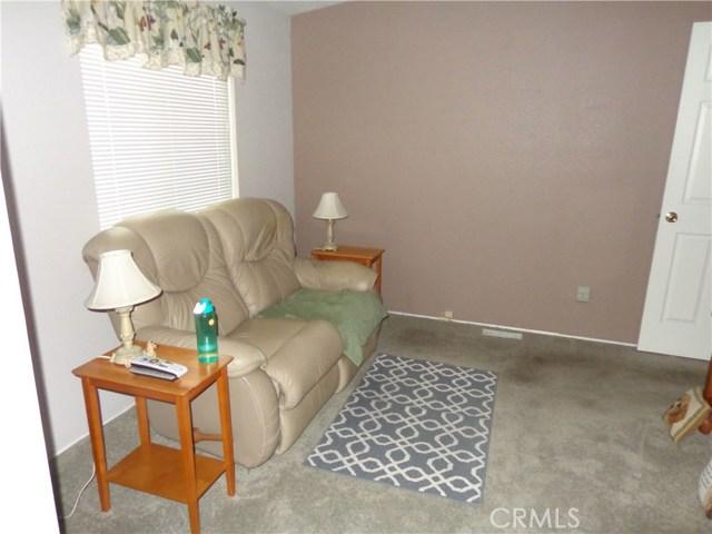 1251 E Lugonia Avenue, Redlands CA: http://media.crmls.org/medias/f648a10c-38fa-477b-9f54-34c25a011c2a.jpg