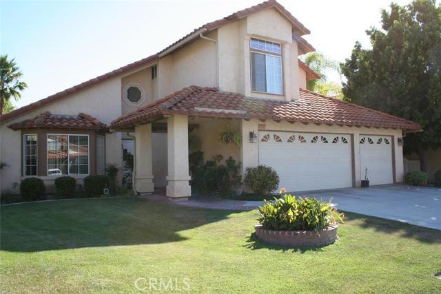 Single Family Home for Sale at 31911 Via Saltio St Temecula, California 92592 United States
