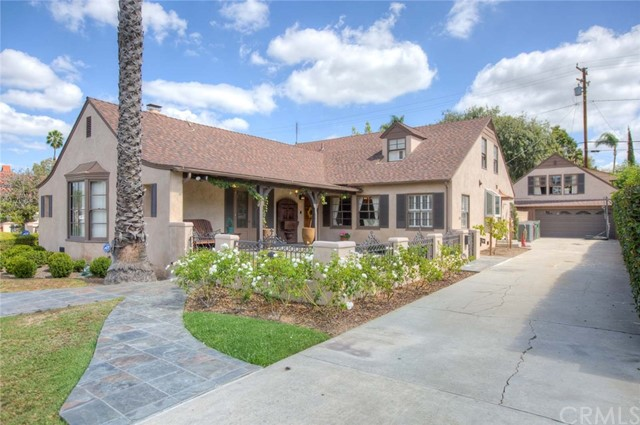 Single Family Home for Rent at 2001 Flower Street N Santa Ana, California 92706 United States