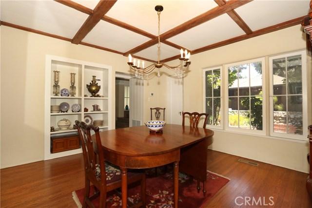 130 W 8th Street, Claremont CA: http://media.crmls.org/medias/f6788a62-a37d-4ee2-8766-abae905f4b38.jpg