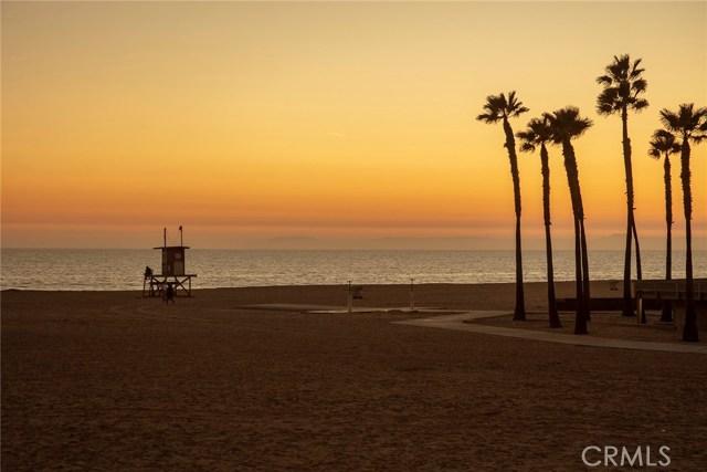 Photo of 1414 W Oceanfront, Newport Beach, CA 92661