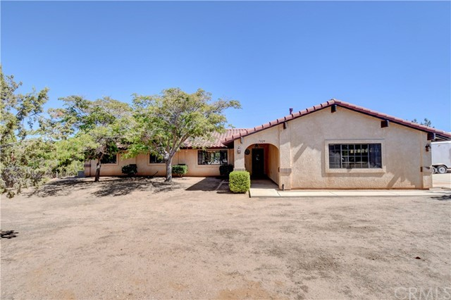 7029 Mesa Linda Street Oak Hills CA 92344