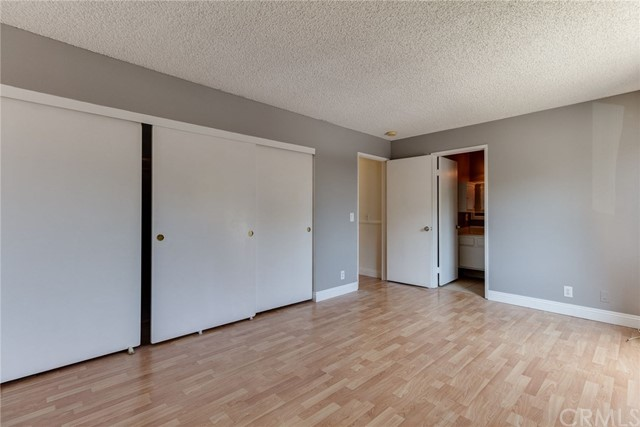 4515 California Avenue, Long Beach CA: http://media.crmls.org/medias/f69f4009-e584-49d6-8377-e115360a303f.jpg