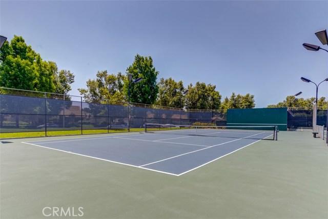 147 Lemon Grove, Irvine CA: http://media.crmls.org/medias/f6a02b7a-f4fc-45f1-b72b-ae706eaa6d09.jpg