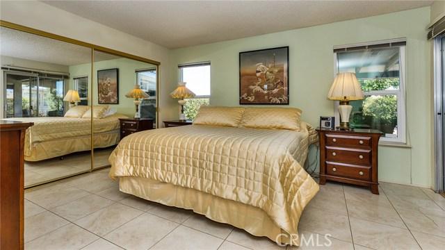 28238 Sun City Boulevard, Sun City CA: http://media.crmls.org/medias/f6a835fa-5b1b-4ad7-b2fd-8022a3361ce5.jpg