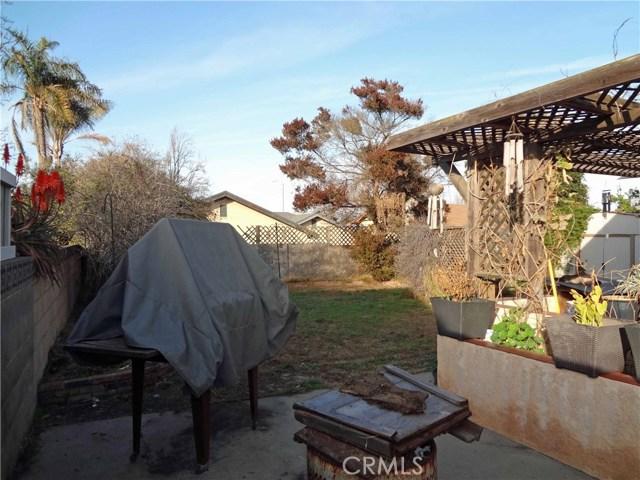 809 E Alvin Avenue, Santa Maria CA: http://media.crmls.org/medias/f6a980aa-9a75-48d0-9ab8-8974ea7a101b.jpg