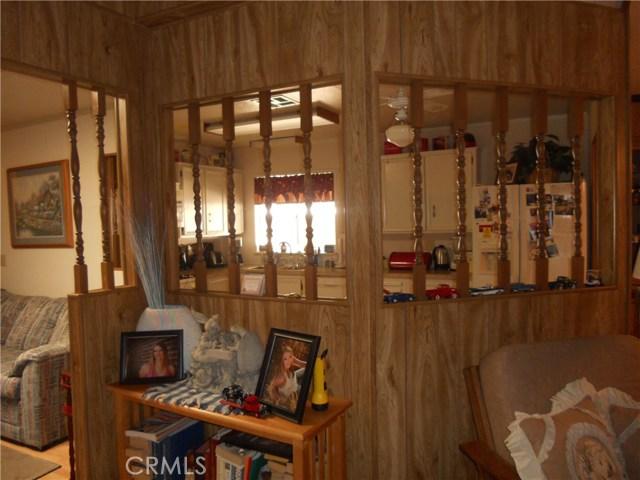 26057 Queen Palm Drive, Homeland CA: http://media.crmls.org/medias/f6aaaca0-d14b-4b18-bc47-c26a890a4aef.jpg