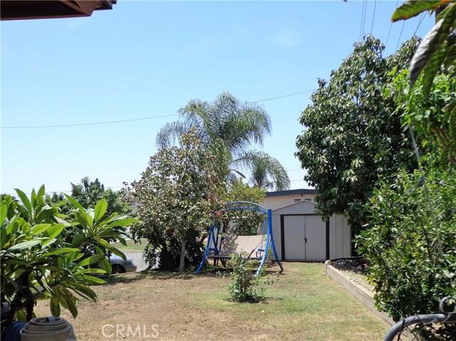 3944 N Frijo Avenue, Covina CA: http://media.crmls.org/medias/f6ab5036-3f6a-4200-a7fa-2a95abef4362.jpg