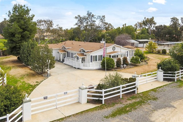 Photo of 34280 Dorof Court, Wildomar, CA 92595