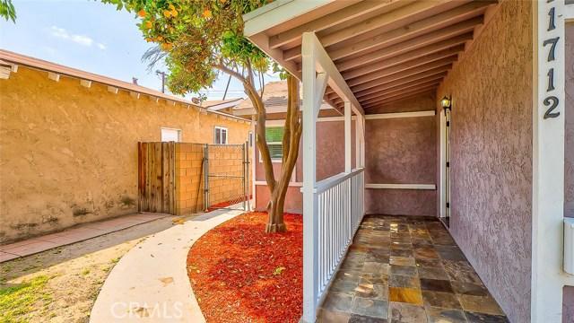 11712 Mcgirk Avenue, El Monte CA: http://media.crmls.org/medias/f6b5829a-a9af-430f-9c73-4a6717c1c3b9.jpg