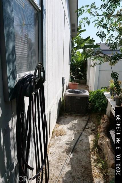 3050 W Ball Road, Anaheim CA: http://media.crmls.org/medias/f6becf40-e247-4147-a8a1-f6fdbf984f5f.jpg