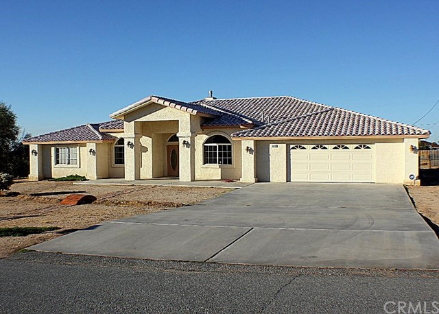 Single Family Home for Sale at 8843 San Diego Drive Yucca Valley, California 92284 United States