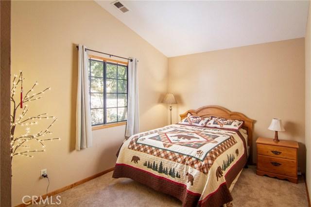 22286 Pine Drive, Cedarpines Park CA: http://media.crmls.org/medias/f6e40196-5be5-406a-9cc6-f6e74cb7327e.jpg