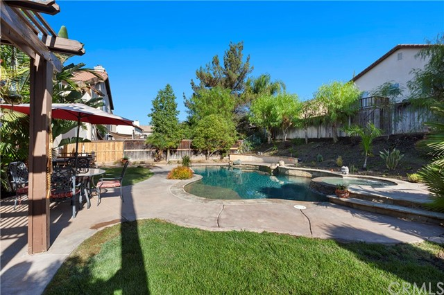 32447 Cassino Ct, Temecula, CA 92592 Photo 4