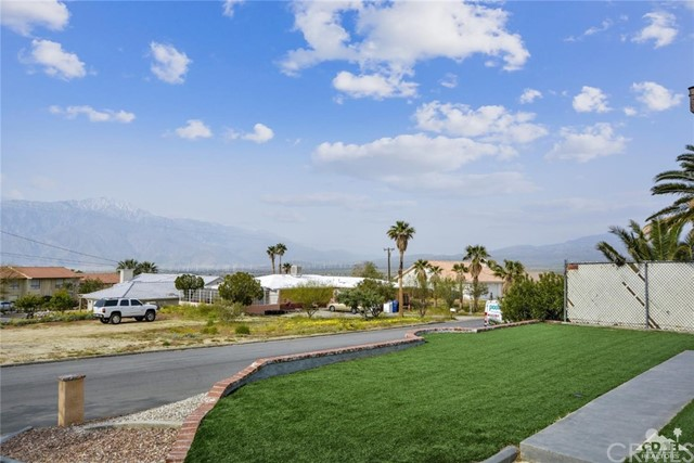 66790 Yucca Drive, Desert Hot Springs CA: http://media.crmls.org/medias/f70760e4-6c4b-47a5-a401-714bda4bcea7.jpg