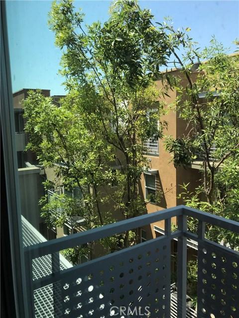 450 E Jeanette Lane, Santa Ana CA: http://media.crmls.org/medias/f70ab8a6-044a-40d4-9559-d167bba1b6d4.jpg
