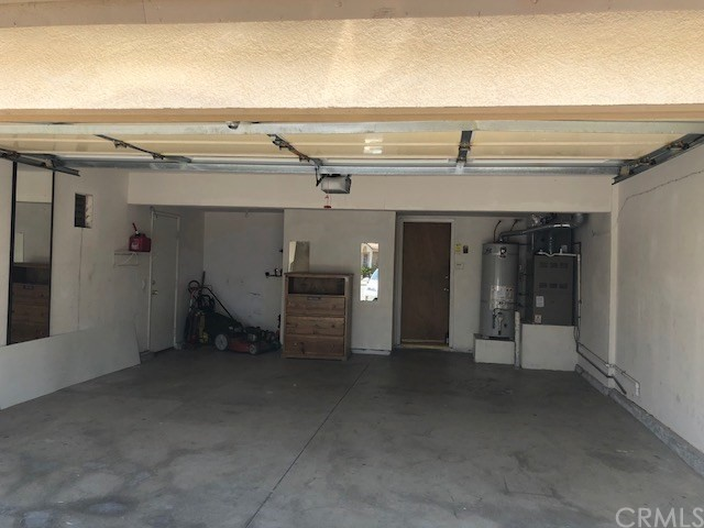 927 Mill Iron Way, San Jacinto CA: http://media.crmls.org/medias/f70acd2f-052a-447a-8b82-2451f67b56b5.jpg