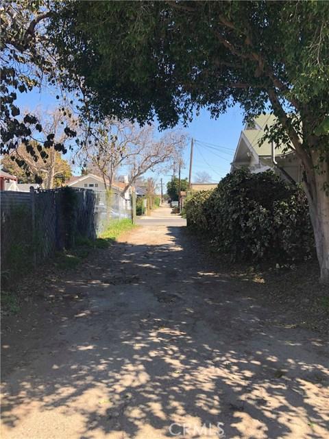1467 W Vernon Avenue, County - Los Angeles CA: http://media.crmls.org/medias/f714ee3e-a18b-4f41-b194-d4ae5a47cfec.jpg