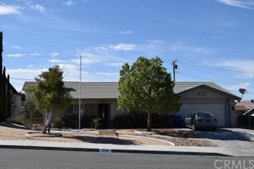 17144 Millbrook Dr, Victorville, CA 92395 Photo