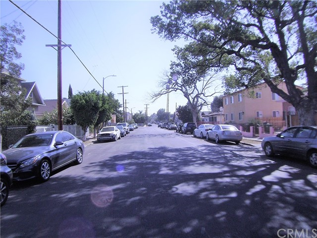 1361 W 35th St, Los Angeles, CA 90007 Photo 17
