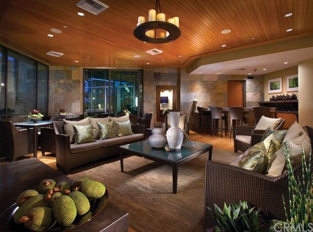 513 Rockefeller, Irvine CA: http://media.crmls.org/medias/f7309289-6d2d-4dfa-b29b-67e000982710.jpg