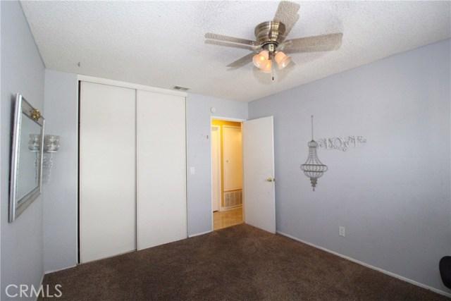 800 San Carlo Avenue, San Bernardino CA: http://media.crmls.org/medias/f733eb4e-e1b4-4266-bd7d-dfc72db3f065.jpg