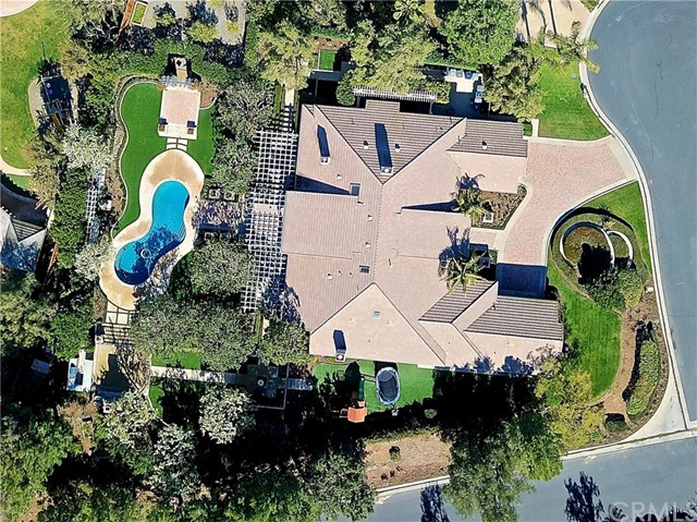 1628 Sweetshade Circle, Orange CA: http://media.crmls.org/medias/f738923c-108b-4728-8579-e3b8f40b17d2.jpg