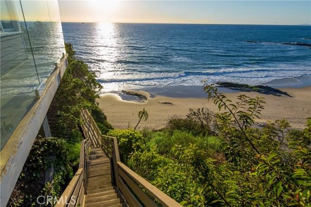 32041 Point Place, Laguna Beach CA: http://media.crmls.org/medias/f7453f69-3b26-4c99-b5c6-5c4d4e6c91bd.jpg