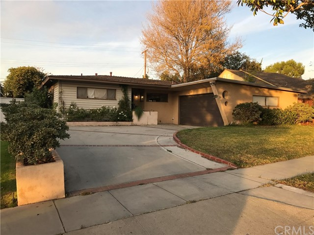 Single Family Home for Sale at 7331 88th Street W Los Angeles, California 90045 United States