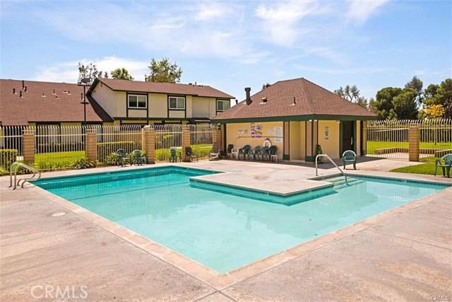 1709 N Willow Woods Dr, Anaheim, CA 92807 Photo 2