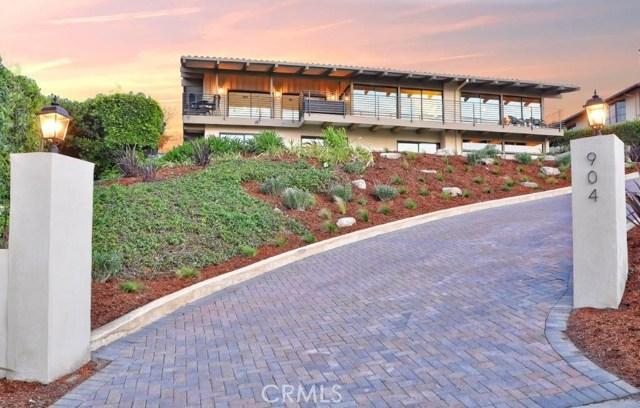 904 Via Nogales, Palos Verdes Estates CA: http://media.crmls.org/medias/f776a278-6e65-411f-8bb2-58018ac7c79c.jpg