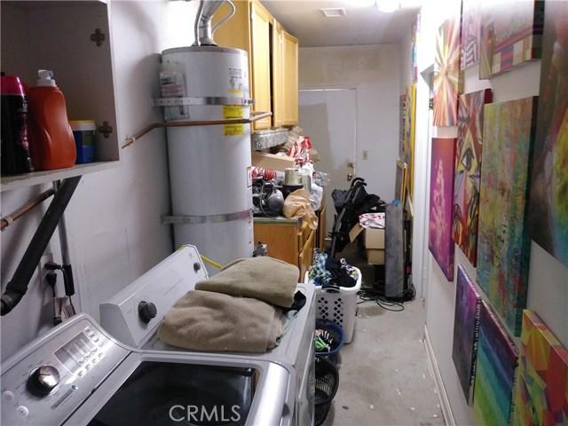 31382 Montgomery Avenue, Nuevo/Lakeview CA: http://media.crmls.org/medias/f783ed75-fa82-4659-abfa-515c45922278.jpg
