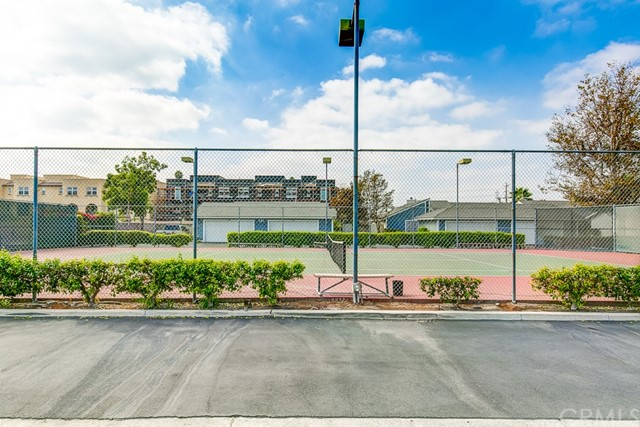175 N Magnolia Avenue Unit 63 Anaheim, CA 92801 - MLS #: PW18138935