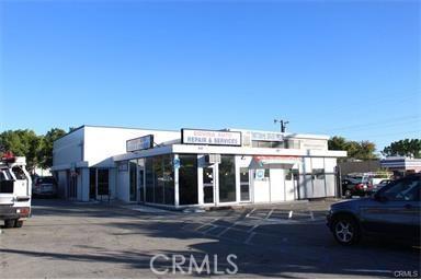 独户住宅 为 销售 在 856 N Glendora Avenue Covina, 加利福尼亚州 91724 美国