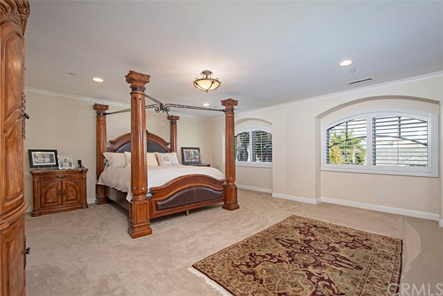 19265 Woodlands Drive, Huntington Beach CA: http://media.crmls.org/medias/f7a3ab2b-fa74-43ef-a327-d2f1e6766be6.jpg