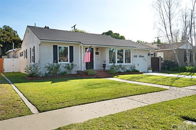 Single Family Home for Sale at 2142 Stearnlee Avenue 2142 Stearnlee Avenue Long Beach, California 90815 United States