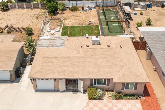 6728 Fillmore Avenue, Rialto CA: http://media.crmls.org/medias/f7c79ce3-be3e-4aa5-a6dd-1d2003239de1.jpg