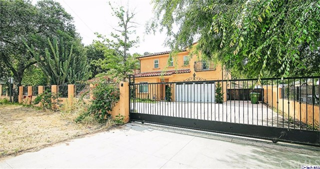 9690 Sunland Boulev Sunland, CA 91040 is listed for sale as MLS Listing 316003692