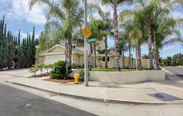 Single Family Home for Sale at 24242 Ursula St Lake Forest, California 92630 United States